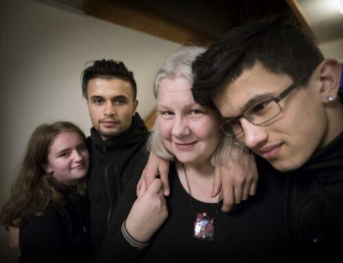 Carina Kemi är de ungas hjälpande hand i Haninge